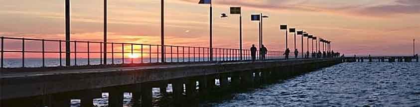 Frankston pier fishing